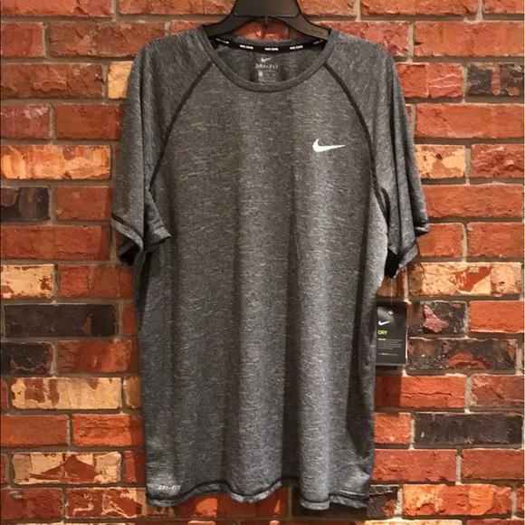 promo code 684cb efb84 Nike Mens Solid Hydroguard Gray Swim Shirt. M 5b78bb2142aa7634236a3e1a
